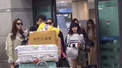 自泰国返抵韩国仁川机场