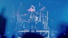 超人气摇滚乐队ONE OK ROCK演唱会