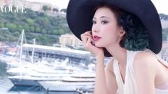 林志玲:徜徉在蔚藍海岸拥抱阳光_Vogue Taiwan八月号封面预告