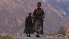 西藏风情天路中国风拉萨藏族歌舞