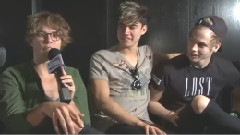 5 Seconds Of Summer Talk One Direction Tour & Answer Fan Questions!